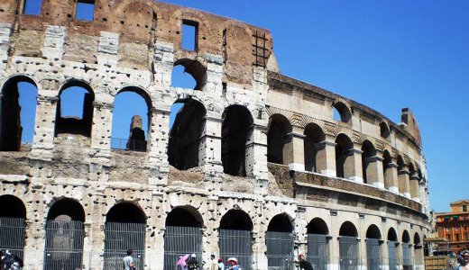 物乞いに関する雑感とローマでバラ売りとケンカした思い出